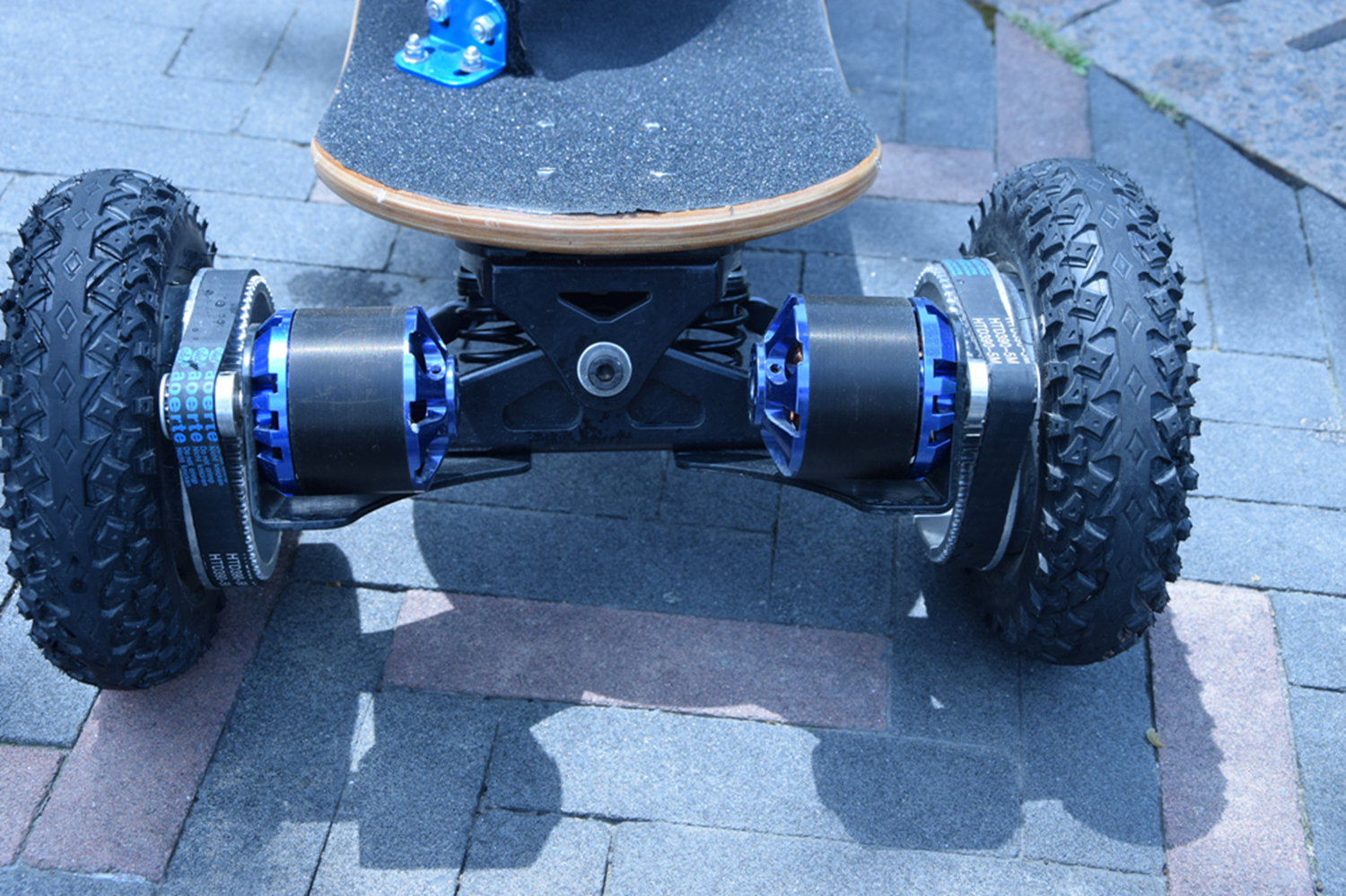 1800 watt brushless boosted brett elektro hoverboard. Black Bedroom Furniture Sets. Home Design Ideas