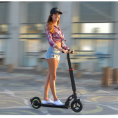 China Neue Mode faltbare E-Scooter / Elektro-Roller mit 10.4ah Lithium-Batterie-Fabrik